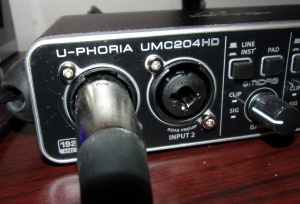 Behringer UMC204HD Audio interface XLR/1/4th inch main inputs