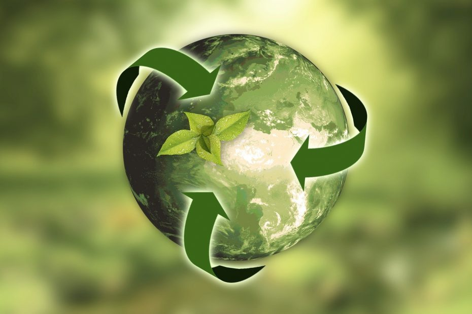 An image of earth and recycle symbol. Recycle your Content for Growth.