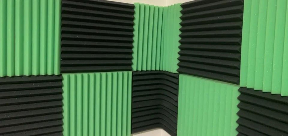 Echo Reduction using Acoustic Foam