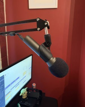 The Best microphone for streamers just starting out - Samson Q2U
